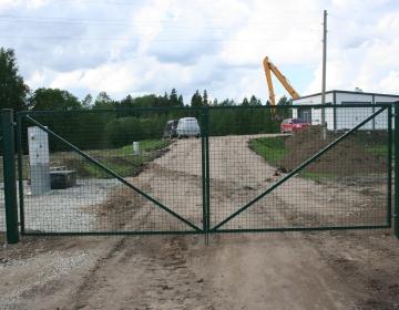Jäneda reoveepuhastusjaamale värav ja aed
